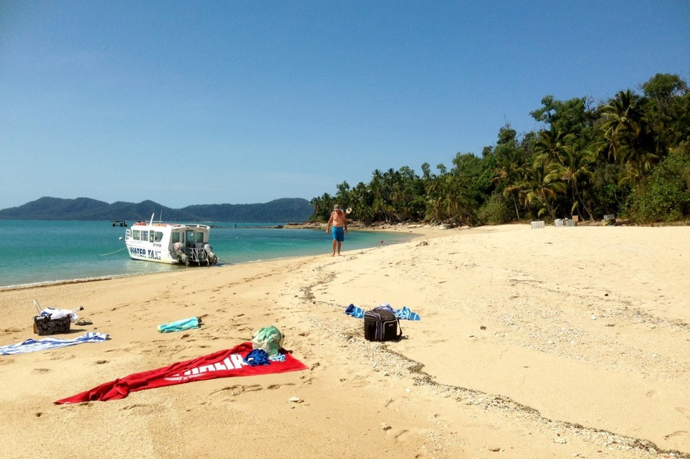 Dunk Island Holidays: Mission Beach Tours • Mission Beach Dunk Island Water Taxi
